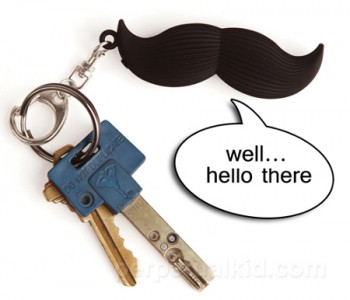 talking-mustache-keyring