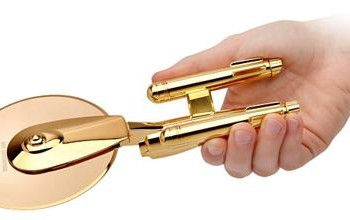 golden-pizza-cutter