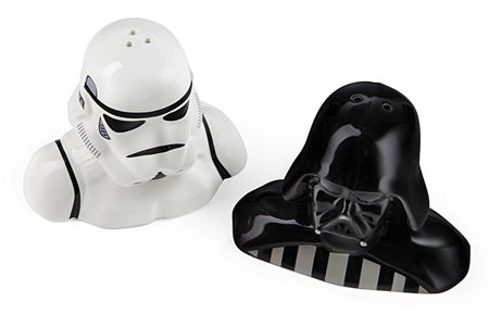 star_wars_salt_pepper_shakers