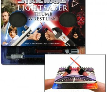 lightsaber-thumb-wrestling
