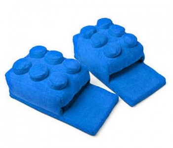 lego-block-slippers