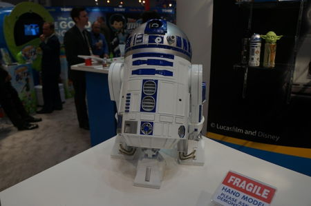 bubble-blowing-r2d2