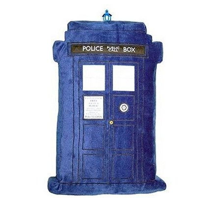 dr-who-cushion-tardis