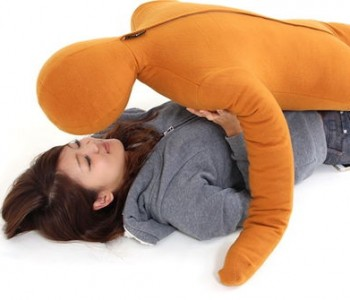 cotton-hug-pillow