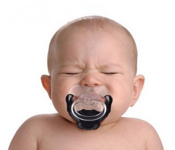 baby-goatee-pacifier