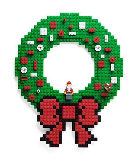 build_on_brick_wreath