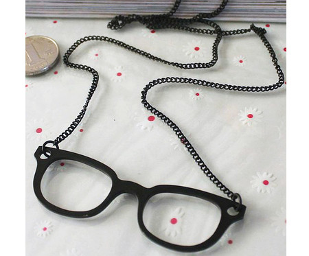 glasses-necklace