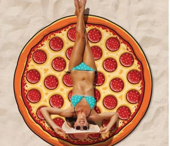 pizza-beach-blanket