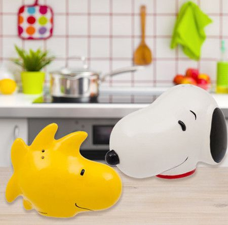 snoopy-woodstock-shakers